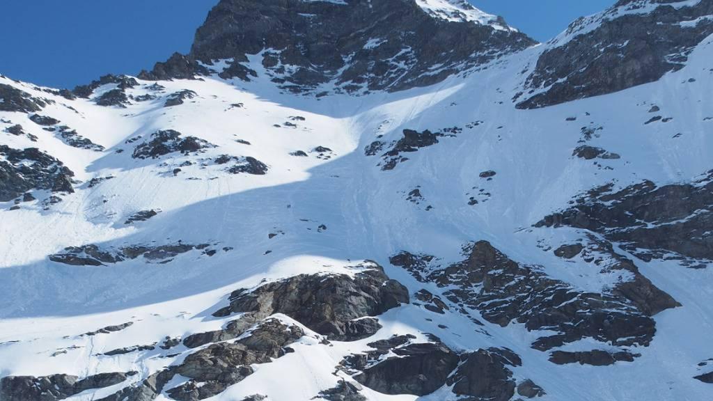 Zum Absturz kam es auf dem Walliser Gletscher du Meitin auf rund 3400 Metern über Meer.