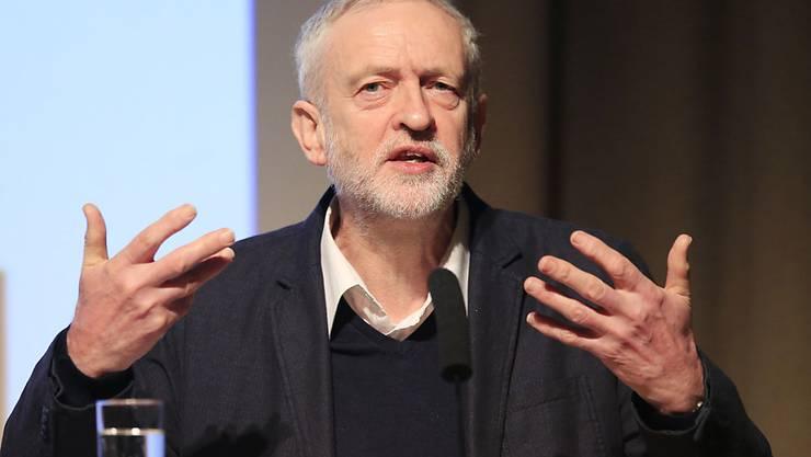 Labour-Parteichef Jeremy Corbyn spricht sich für den Verbleib Grossbritanniens in der EU aus. (Archiv)