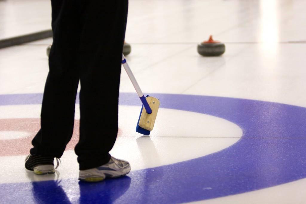 In St.Gallen messen sich am Wochenende die besten Junioren im Curling. (© zVg)