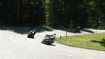 Raser im Boowald: Der schnellste wurde mit 166 km/h geblitzt. (Symbolbild)