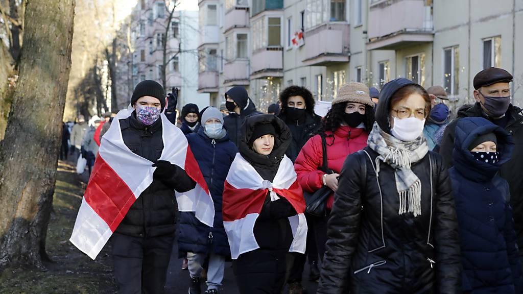 Viele Festnahmen bei Protest gegen Machthaber Lukaschenko in Belarus