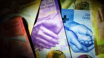 Händeschütteln gehört als Politiker zum Job dazu - viel Geld erhält man dafür nicht unbedingt.