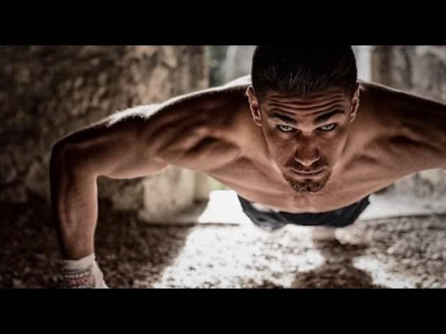 Boxer Davide Faraci sucht auf der Website ibelieveinyou.ch nach Unterstützern für seinen grossen Traum von den olympischen Spielen.