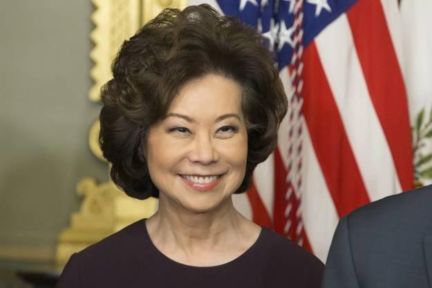 Auch die zweite Frau in der Delegation der USA gehörte bereits der Bush-Administration an. Sie ist die erste asiatisch-amerikanische Frau in einem Ministeramt.