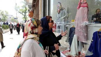 Teheran am Dienstag: Die US-Sanktionen machen dem Land zu schaffen. KEY