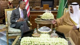 US-Präsident Obama im Gespräch mit dem saudischen König Salman.
