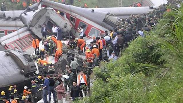 Erdrutsch als Unfallursache: Zugunglück in Südchina