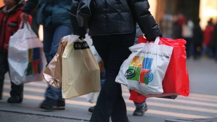 Positive Zwischenbilanz: Das Weihnachtsgeschäft in der Schweiz lief in diesem Jahr auch dank der günstigen Lage der Feiertag ansprechend. (Symbolbild)
