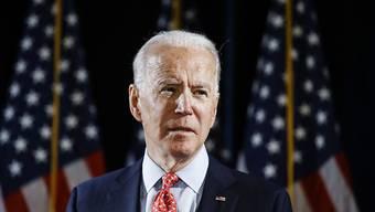Aus Sorge vor einer weiteren Verbreitung des neuartigen Coronavirus ist die Vorwahl der Demokraten im US-Bundesstaat New York abgesagt worden. Der frühere Vizepräsident Joe Biden ist der einzige verbliebene Präsidentschaftsbewerber der US-Demokraten.