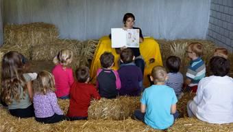 Sie sind jeweils ein Höhepunkt für die kleinen Zuhörer: Die Bauernhof-Geschichten von Tabea Marti im landwirtschaftlichen Zentrum Liebegg.