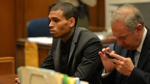 Sänger Chris Brown vor Gericht in Los Angeles (Archiv)