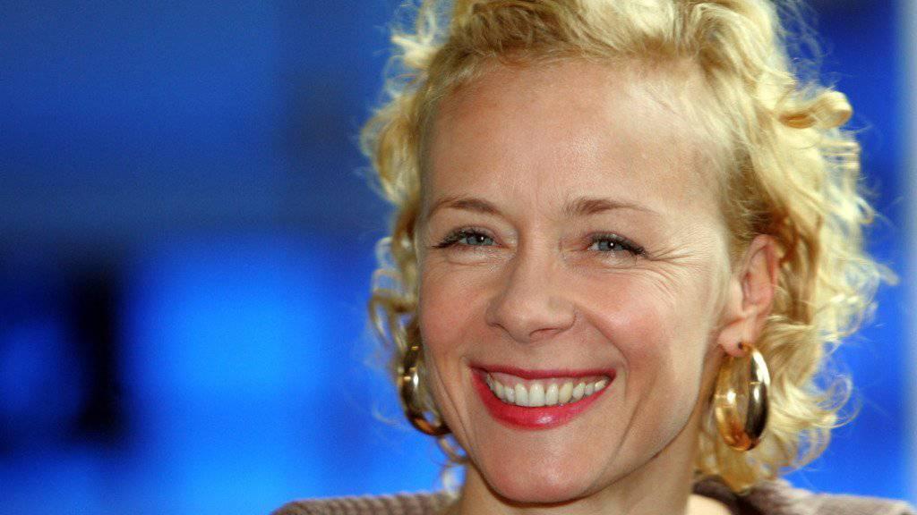 Katja Riemann erhält ihre erste dauerhafte Hauptrolle in einer TV-Serie, als Kummerkastentante im Radio. Wie dauerhaft der Job ist, darüber entscheiden die Einschaltquoten. (Archivbild)