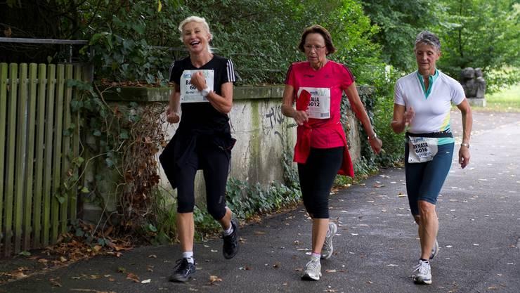 Bewegung tut gut: Sportlich unterwegs zum Beispiel am Swiss Walking Event Solothurn. Manuel Stettler