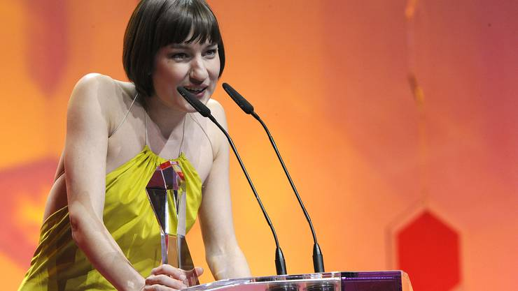 2010: Marie Leuenberger gewann für ihr Debüt «Die Standesbeamtin» einen Quartz.
