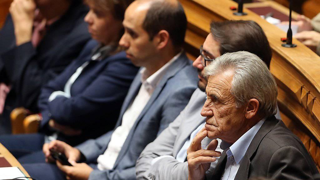 Portugals Kommunisten-Führer Jeronimo de Sousa (rechts) will mit den Sozialisten die Regierung zu Fall bringen. (Archiv)