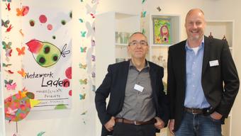 Kurt Boner (links) und Reto Kämpfer im neuen Netzwerk-Laden.