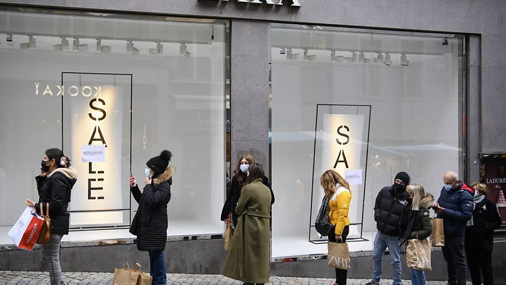 Lockdowns und die Corona-Massnahmen setzen dem spanischen Textilhändler und Zara-Besitzer Inditex zu. (Symbolbild)