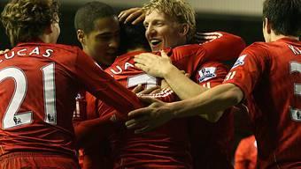 Luis Suarez (mitte) avancierte bei Liverpool zum tragischen Helden
