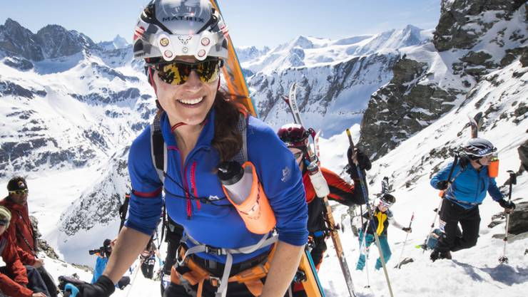 """Hat auch nach dem Aufstieg auf den Rosablanche-Pass noch genug Schnauf übrig für ein Lächeln: Philippa Charlotte """"Pippa"""" Middleton."""