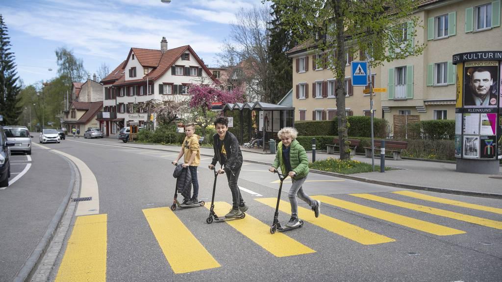 Für Schulkinder ist die St.-Georgen-Strasse gemäss dem Gutachten der Stadt eine Herausforderung.