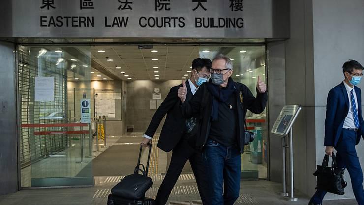 Freispruch für Schweizer Fotografen in Hongkong: Der 75-jährige Marc Progin beim Verlassen des Gerichtsgebäudes in Sai Wan Ho.