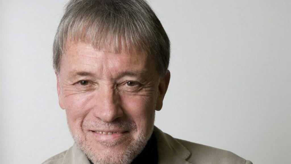 Urs Faes ist zum zweiten Mal nach 2010 für den Schweizer Buchpreis nominiert. Diesmal mit «Halt auf Verlangen: Ein Fahrtenbuch». (Archivbild)