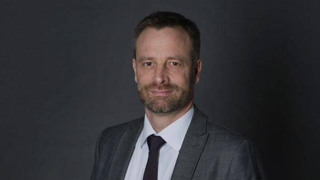 NZZ-Chefredaktor tritt ab