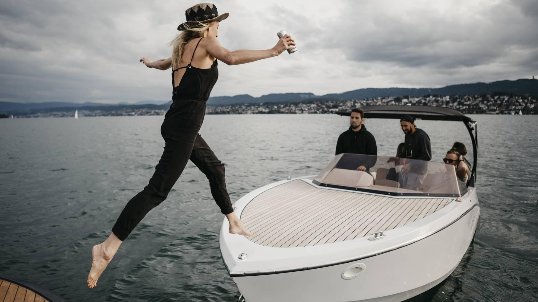 Immer mehr Zentralschweizer wollen Boot fahren und machen darum die Prüfung.