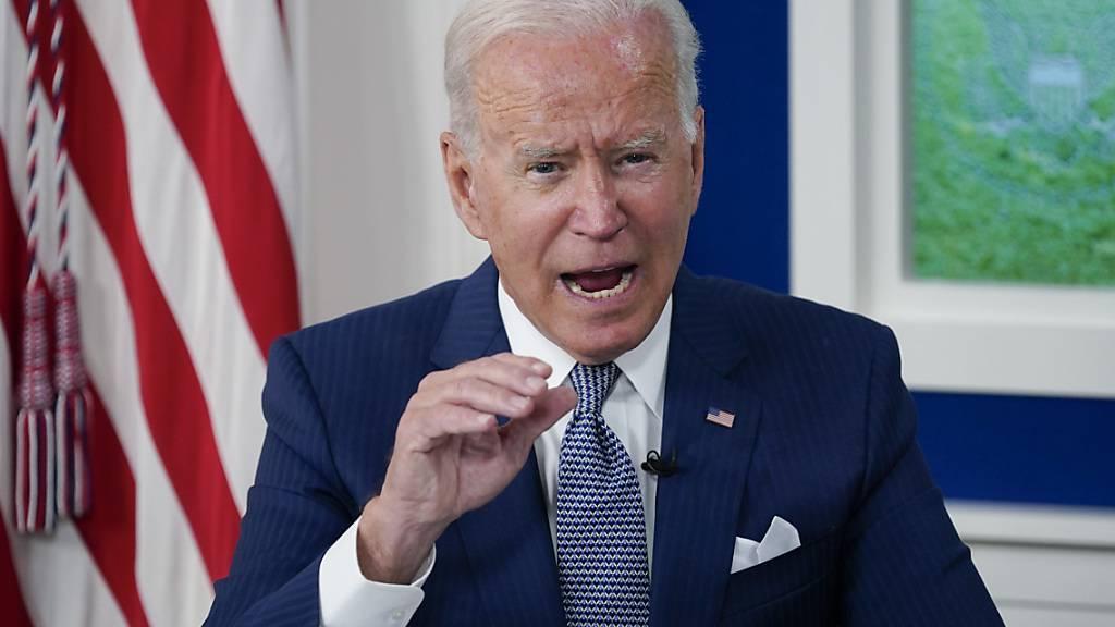 Joe Biden, Präsident der USA, spricht bei einem virtuellen Corona-Gipfel während der 76. Generaldebatte der UN-Vollversammlung im South Court Auditorium auf dem Campus des Weißen Hauses. Foto: Evan Vucci/AP/dpa