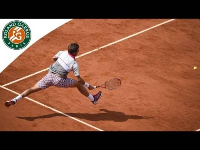 Spannung pur: Während des Spiels gegen Roger Federer verliert Wawrinka sogar einmal seinen Racket.