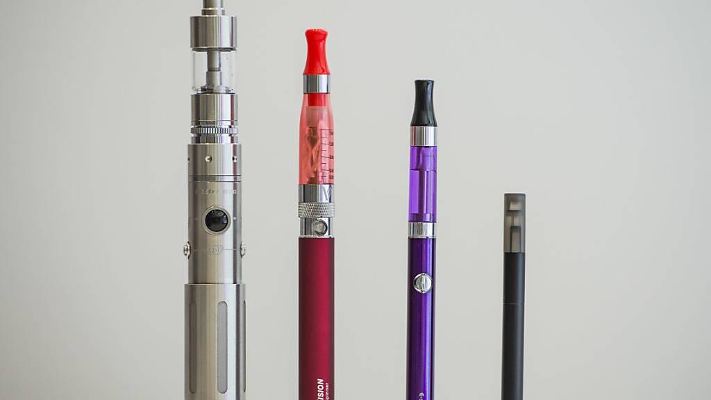 E-Zigaretten sind bei Zürcher Jugendlichen beliebter als klassische Tabak-Zigaretten. (Archivbild)