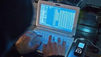 Das EDA ist erneut von Hackern heimgesucht worden (Symbolbild)