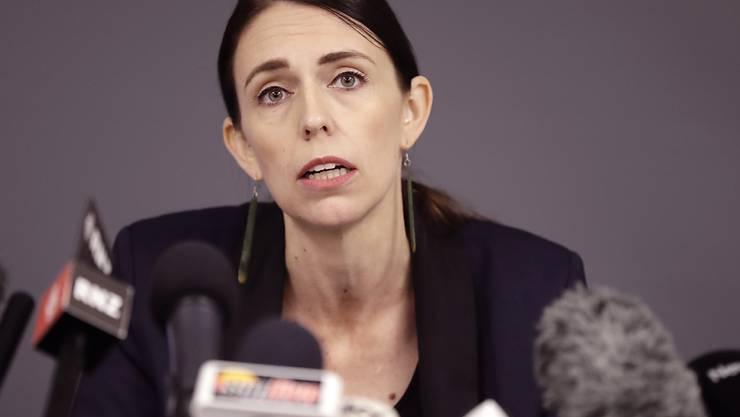 Die neuseeländische Premierministerin Jacinda Ardern hat am Dienstag bekanntgegeben, dass Neuseeland bereits im September, statt im November zu den Wahlurnen schreiten wird. (Archivbild)