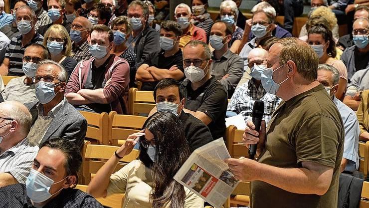 Gemeindeversammlung mit Maskenpflicht in Oberentfelden.