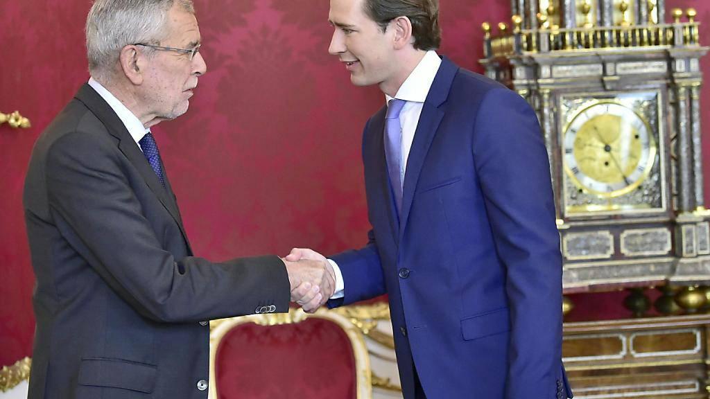 Die vorgezogenen Neuwahlen in Österreich sollen nach dem Willen von Bundespräsident Alexander Van der Bellen (links im Bild) sollen im September stattfinden.Das kündigte er am Sonntag nach einem Gespräch mit Bundeskanzler Sebastian Kurz (ÖVP) (rechts) in Wien an.