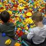 Die kleinen Steinchen sind bei Kindern beliebt: nun hat Lego einen Teil des neuen Hauptsitzes eingeweiht (Symbolbild).