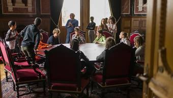 Sogar ins Bundesratszimmer durften die Kinder am Zukunftstag. Eine einmalige Gelegenheit.