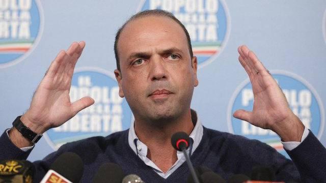 Von Berlusconis Kronprinz zu seinem Widersacher: Parteichef Alfano
