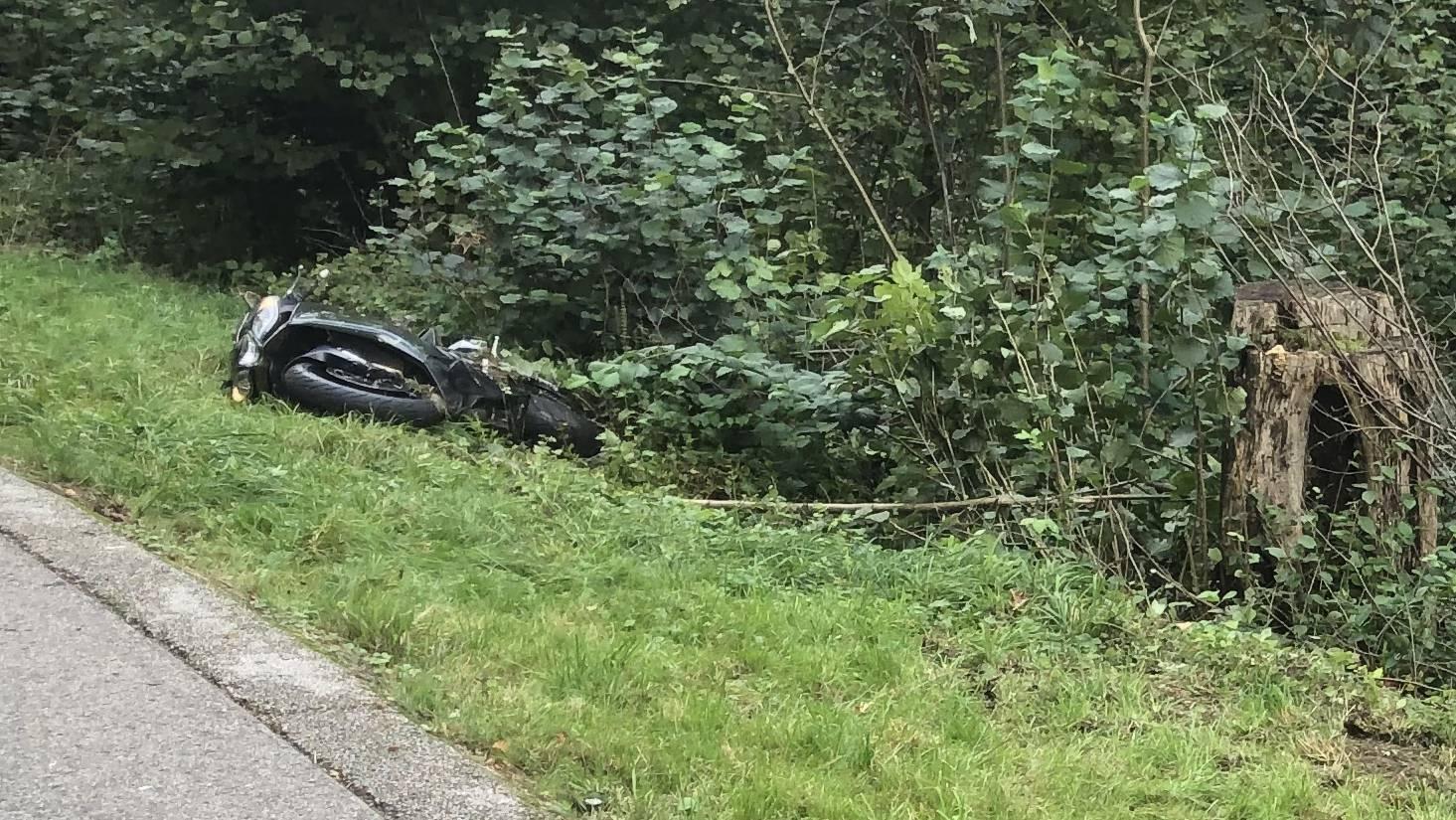Der 42-jährige Töfffahrer ist beim Unfall ums Leben gekommen.