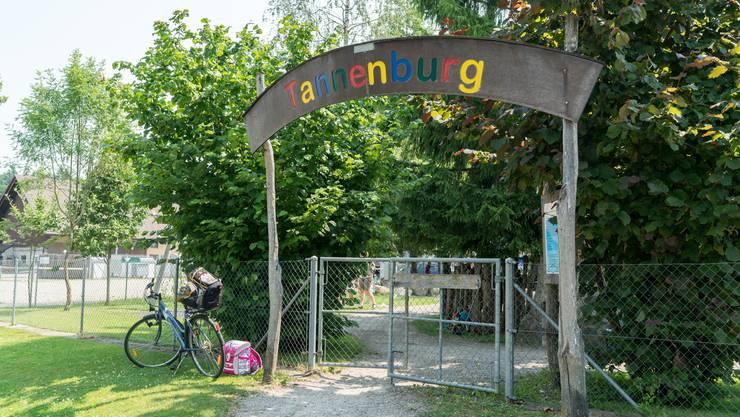 Auf dem Spielplatz Tannenburg...