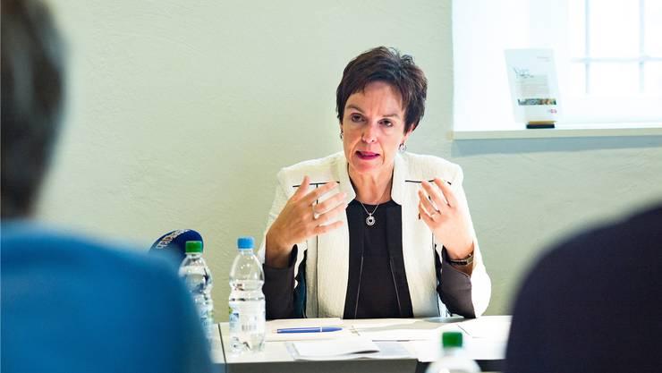 Monica Gschwind wurde laut eigenen Angaben zu spät über die Entscheide an der Sekundarschule Therwil informiert. (Archiv)