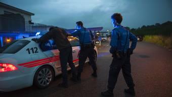Nicht jede Schwerpunktaktion gegen Kriminaltouristen führt zu einem Verhaftungserfolg (gestellte Szene). ZVG/Polizei BL