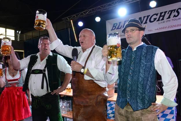 Karli Odermatt (Mitte), Jochen Mörz (l. Veranstalter), Daniel Frauchiger (r. Veranstalter).