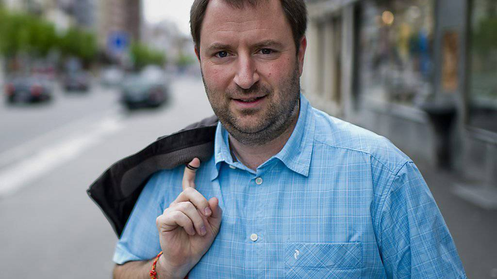 Der ehemalige Neuenburger Regierungsrat Frédéric Hainard hatte auf Facebook behauptet, er habe 267 Mal in seinem Sinne abgestimmt. Alles nur Bluff, meint der untersuchende Staatsanwalt und stellte das Verfahren ein. (Archiv)