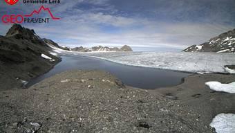 Das Schmelzwasser des Favergessee beim Plaine Morte-Gletscher im Berner Oberland ist am Auslaufen. (Archivbild)