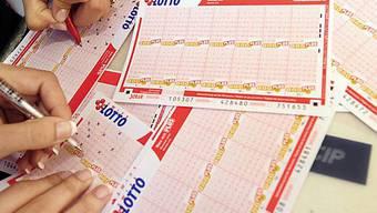 Der Run auf Lottoscheine war riesig (Archiv)