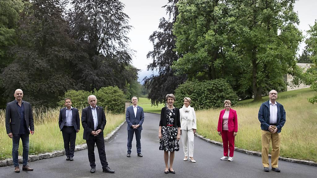 Schweizer Landesregierung geniesst auf Ausflug kulturelles Schaffen