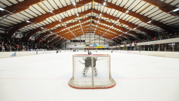 Die «Red Lions Reinach» wollen in der am Samstag beginnenden Saison in der ersten Liga spielen. Bild: die Kunsteisbahn Oberwynental, in der die «Red Lions Reinach» ihre Heimspiele austragen.