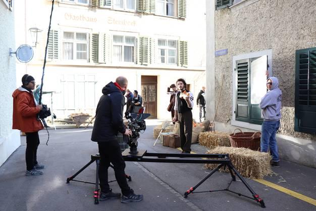 Die mittelalterliche Szene spielte in der Rathausgasse
