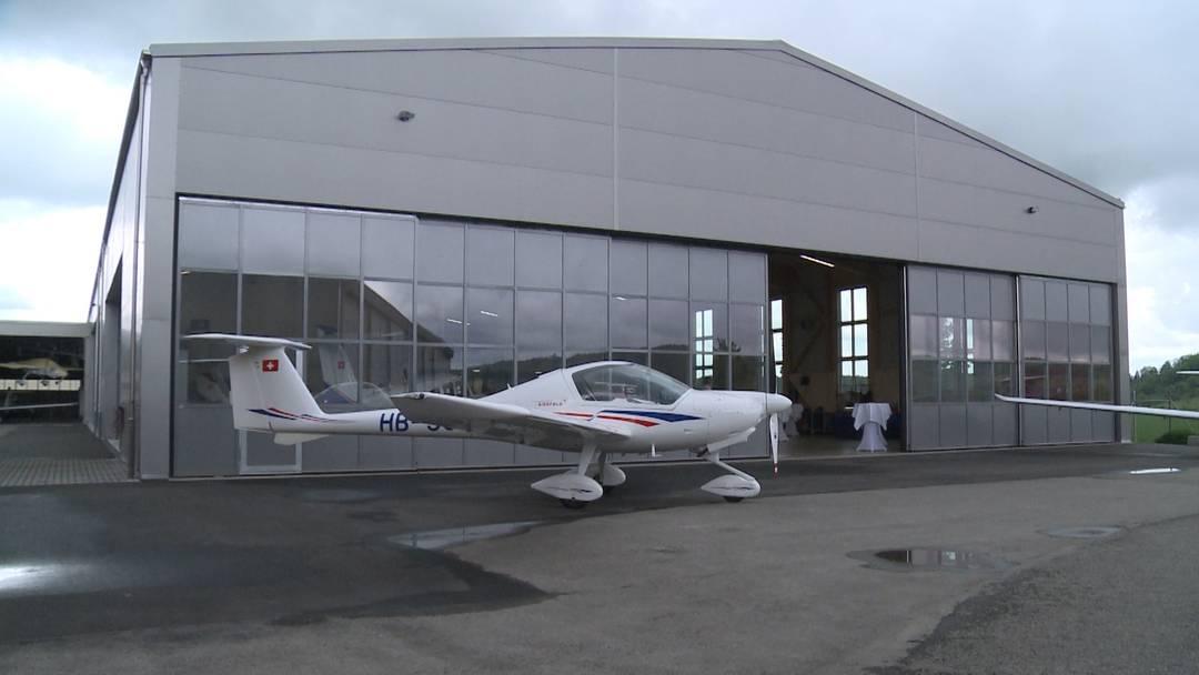 Neuer Hangar im Birrfeld eingeweiht